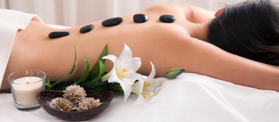 Wellnessmassage Hot Stone Wohlfühlen